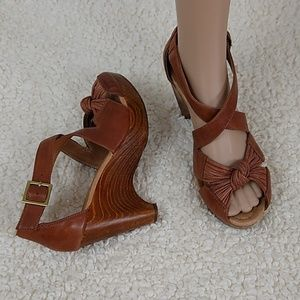 Miz Mooz Wood & Leather Platform Sandals Heels 7